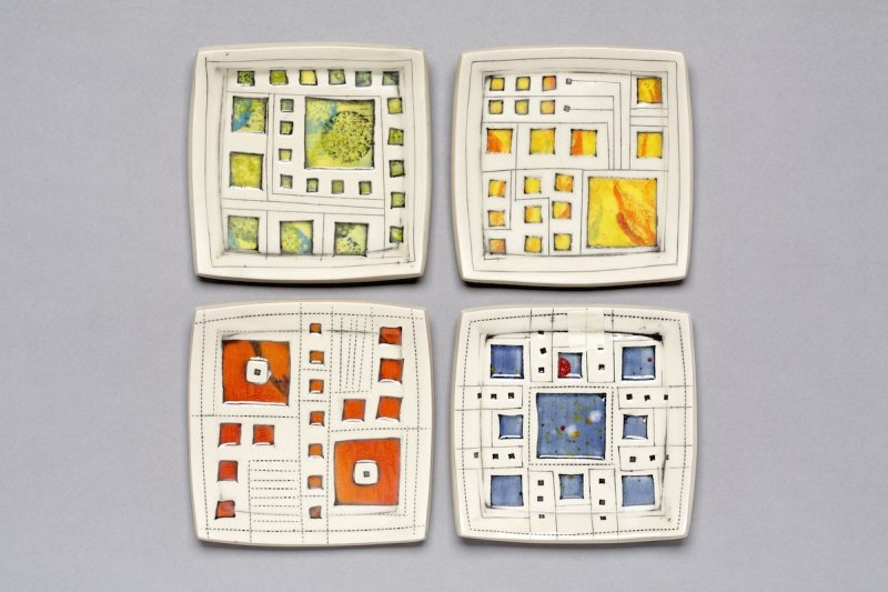 Small-Window-Plate-1x4